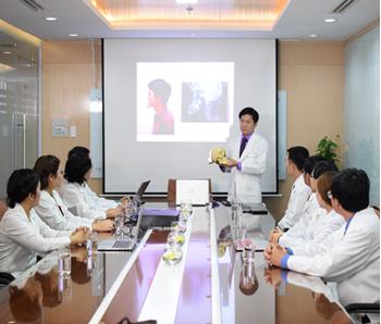 Hội chuẩn với bác sĩ chuyên khoa